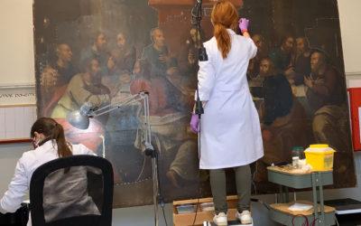 Continúan los trabajos de conservación y restauración del lienzo de la Sagrada Cena